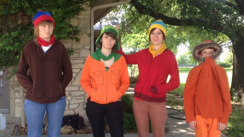 20 Hella phat '90s-inspired Halloween costumes we're buggin' over