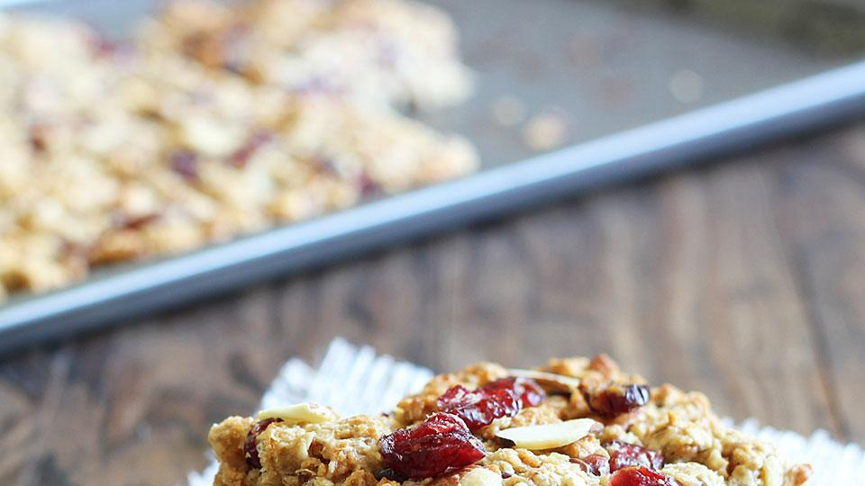 Cranberry tofu snack bar for vegetarians who deserve a treat
