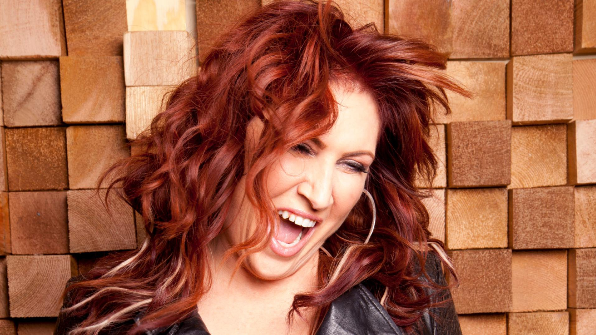 INTERVIEW: Jo Dee Messina on her most personal album yet, <em>ME</em>