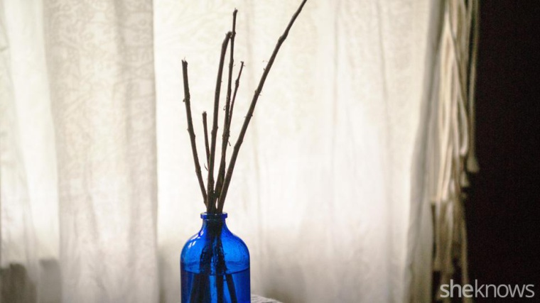 This is the easiest way to make your own scented oil diffuser