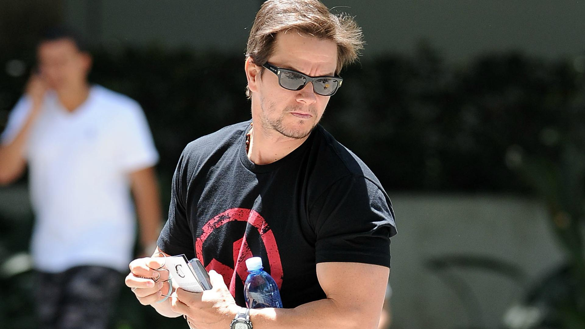 Mark Wahlberg lost 60 pounds on a miserable liquid diet
