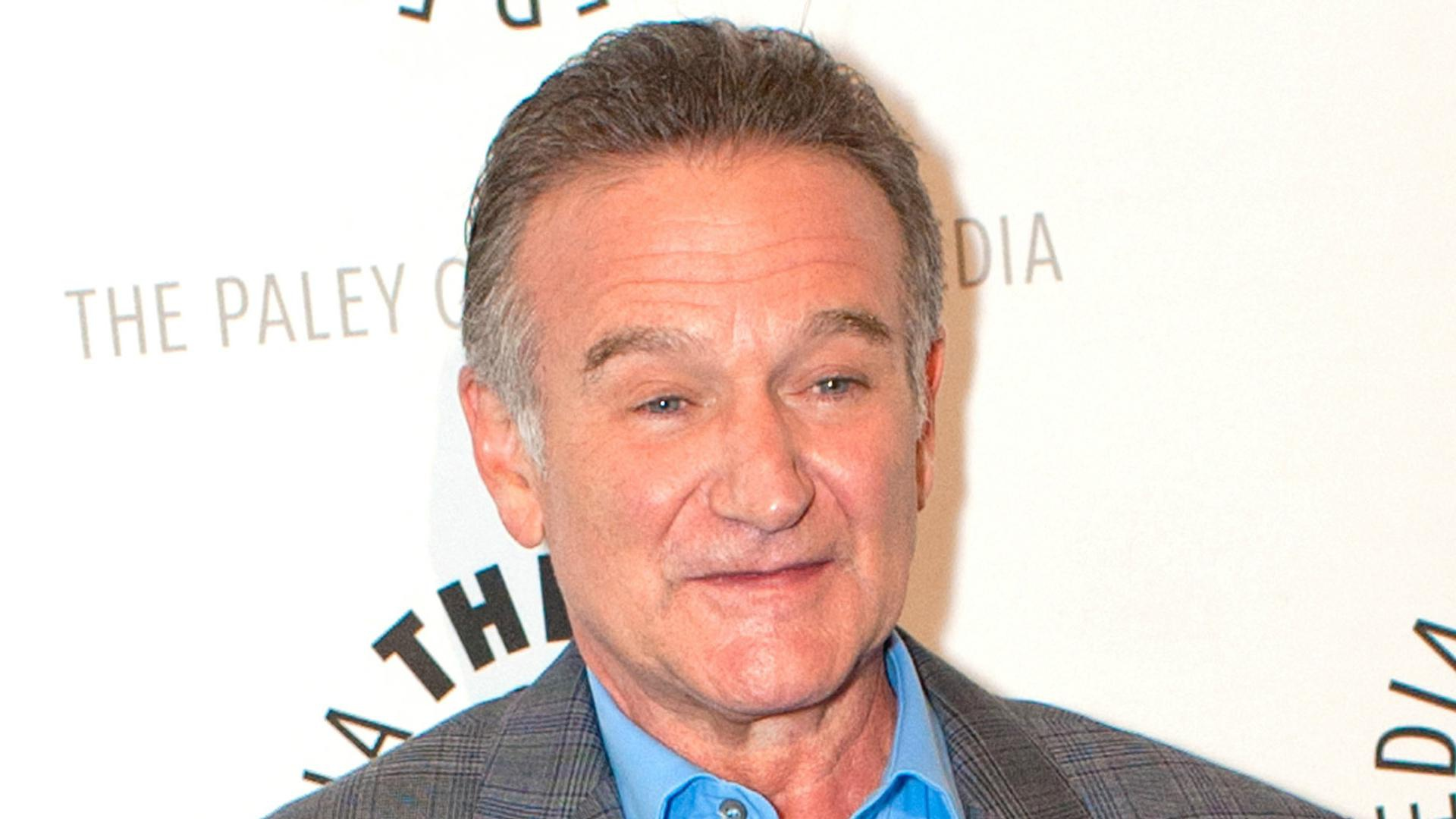 Robin Williams' ashes scattered at sea