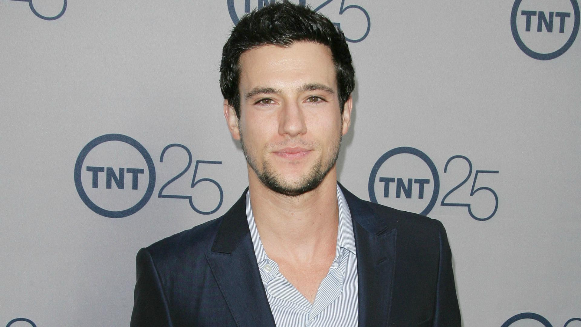 <em>Falling Skies</em>: How Drew Roy really feels about a Hal/Maggie/Ben love triangle