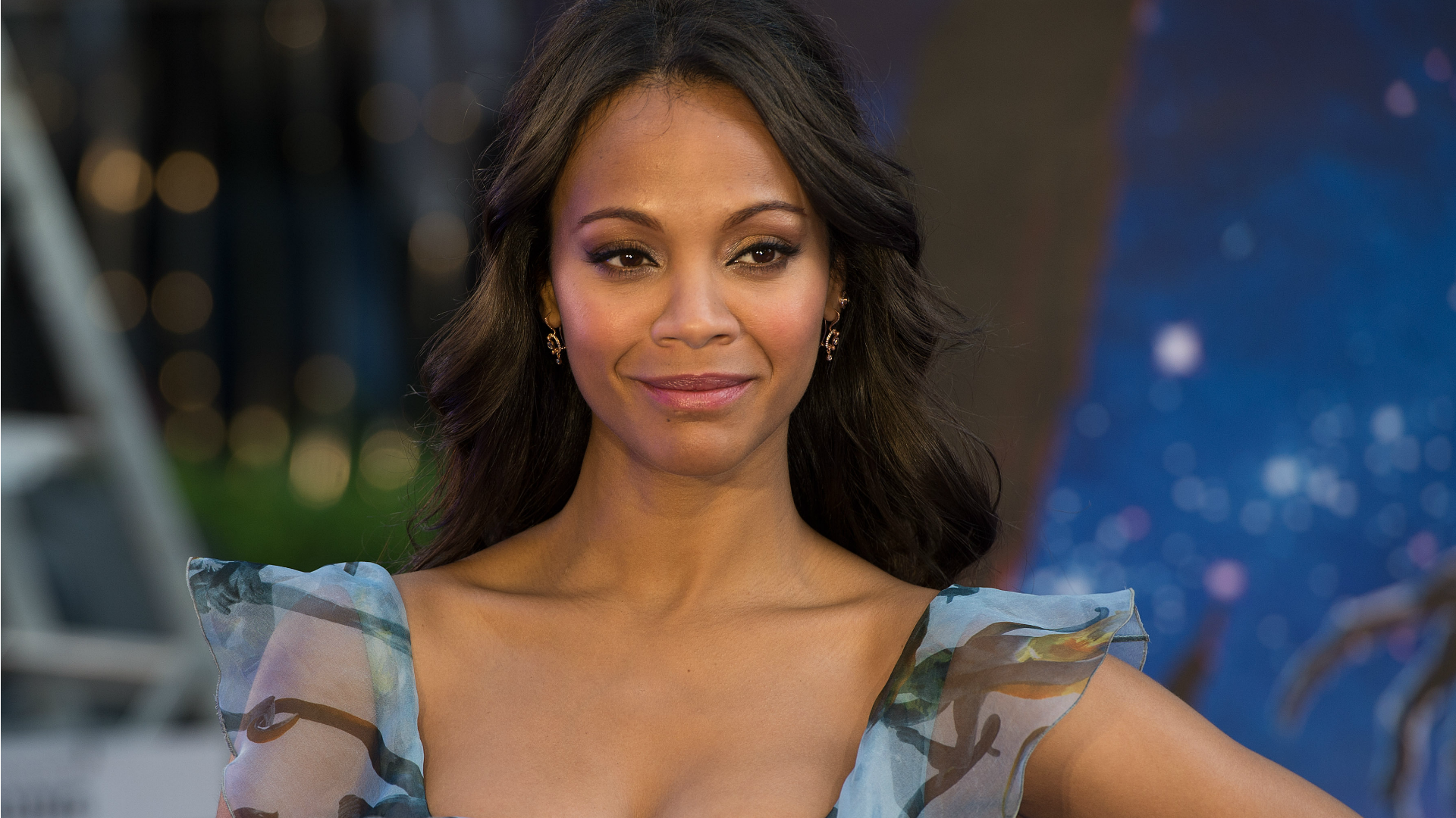 Zoe Saldana stands up for <em>Crossroads</em> costar Britney Spears