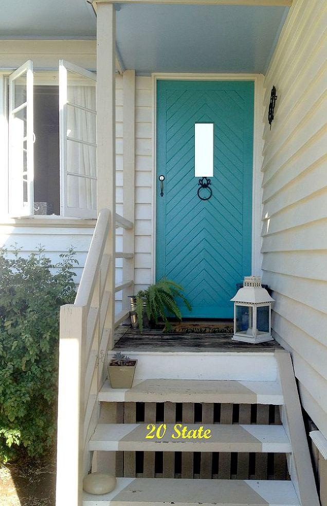 8 Front Door Makeovers That Instantly Add Charm To Your
