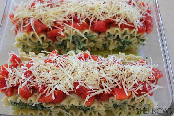 Spinach and Artichoke Lasagna Bundles