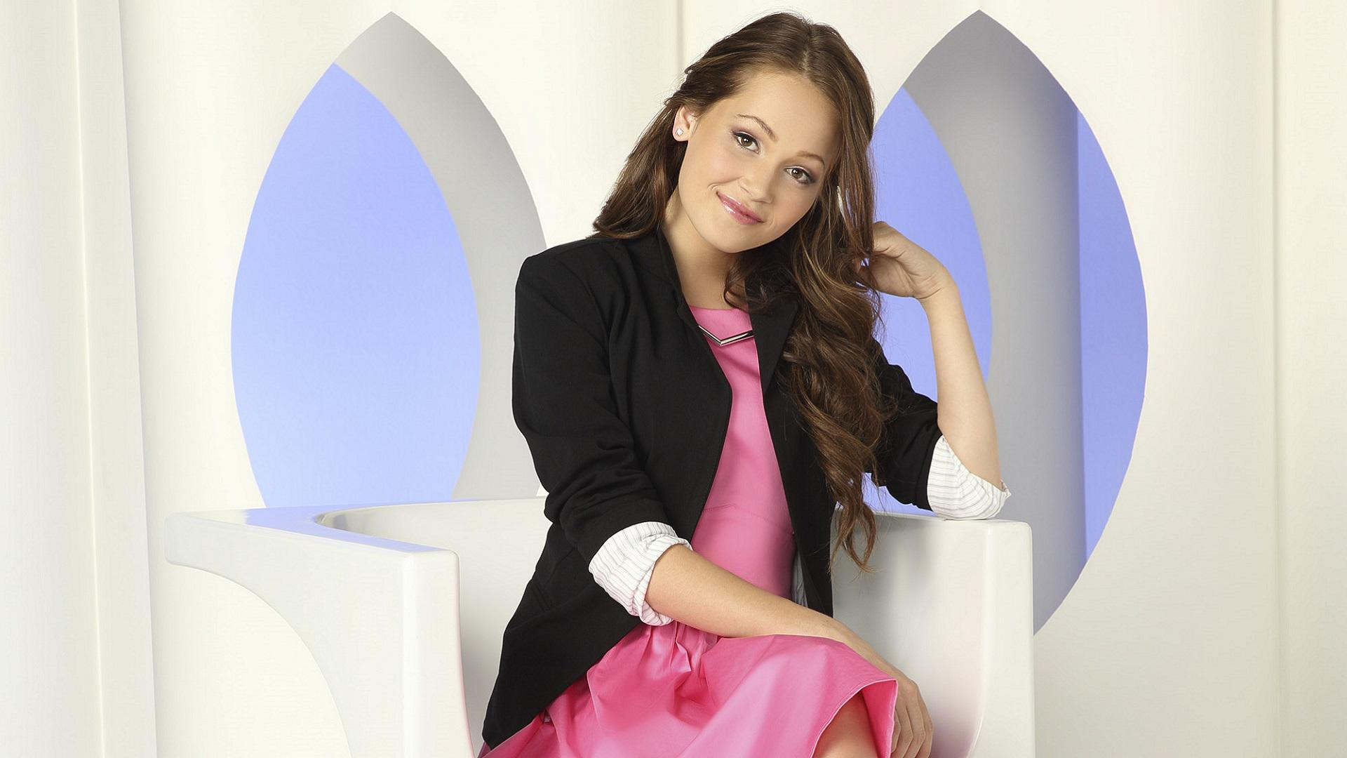 <em>How to Build a Better Boy</em>'s Kelli Berglund sounds off on the celebs who'd make the perfect man