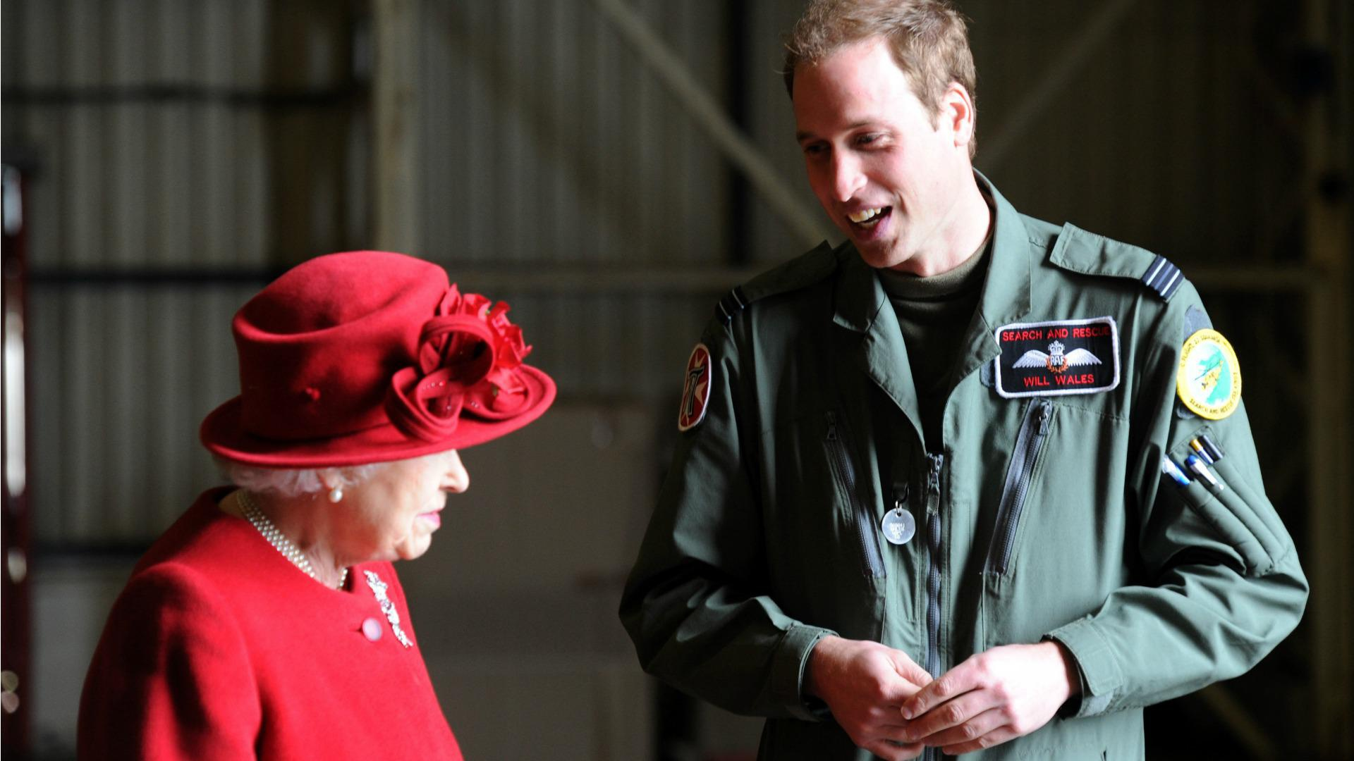 Prince William takes new job as medevac helicopter pilot