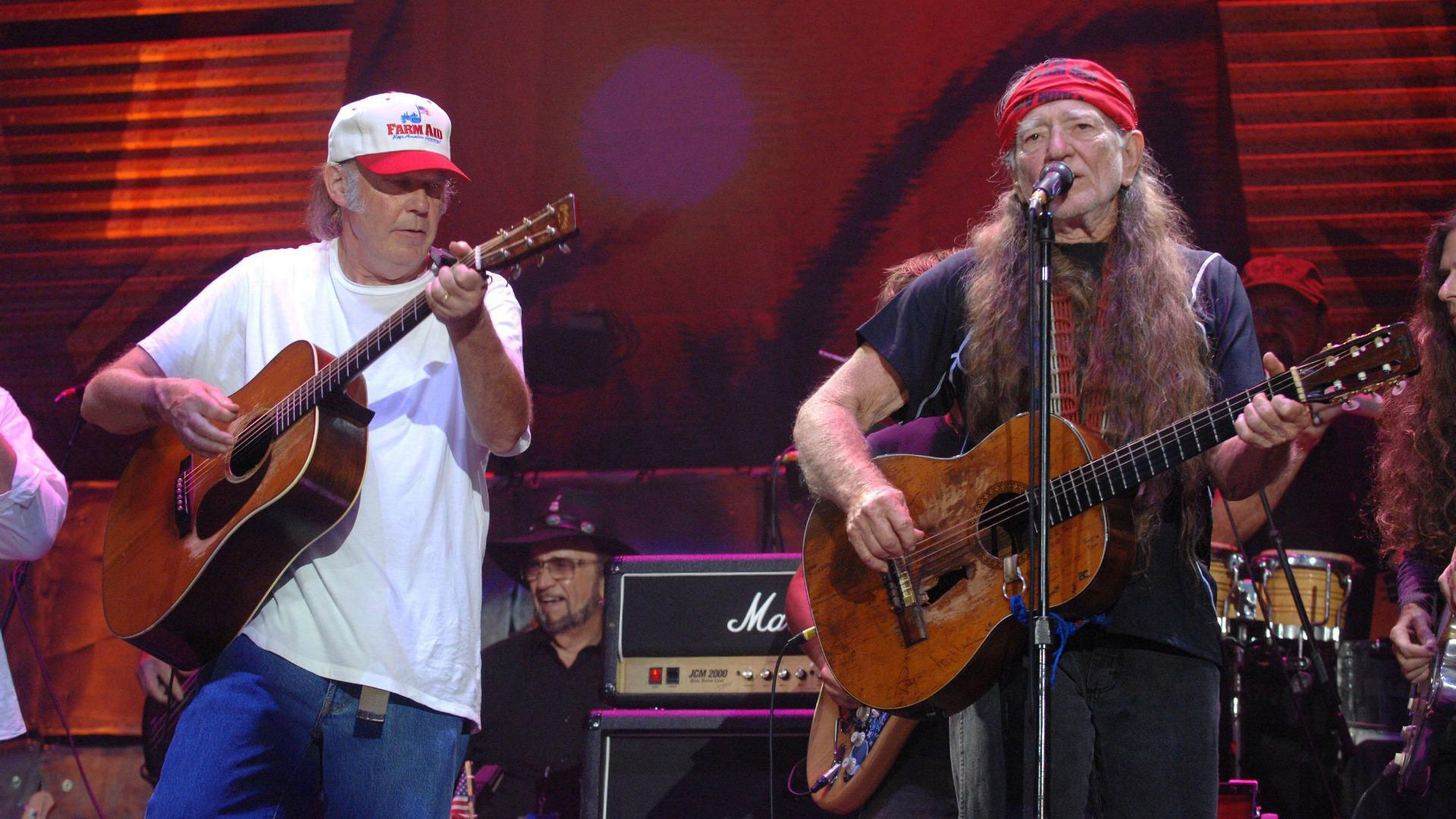 Neil Young and Willie Nelson protest Keystone XL pipeline
