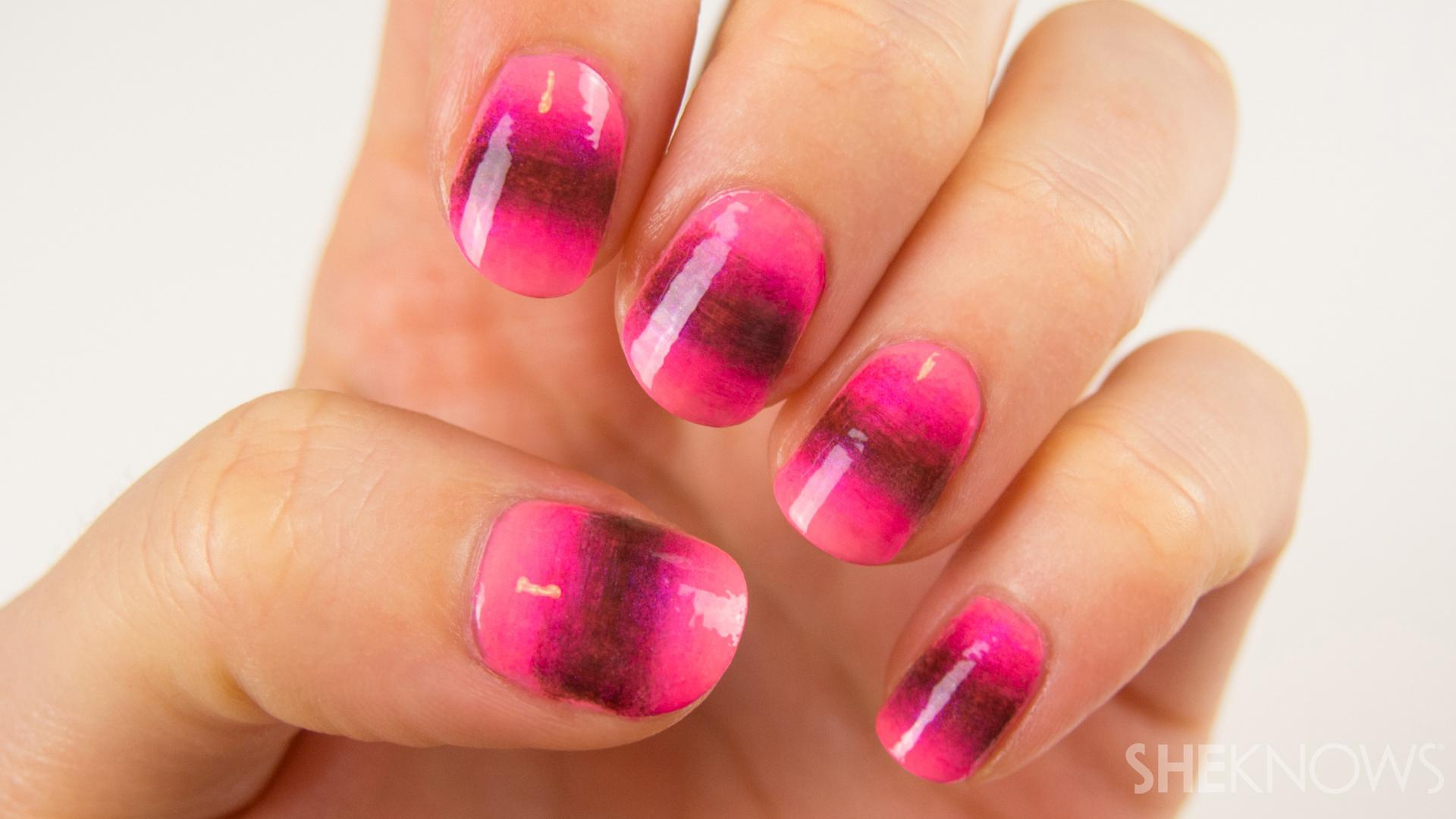 Nail art tutorial: A new take on the ombre nail design