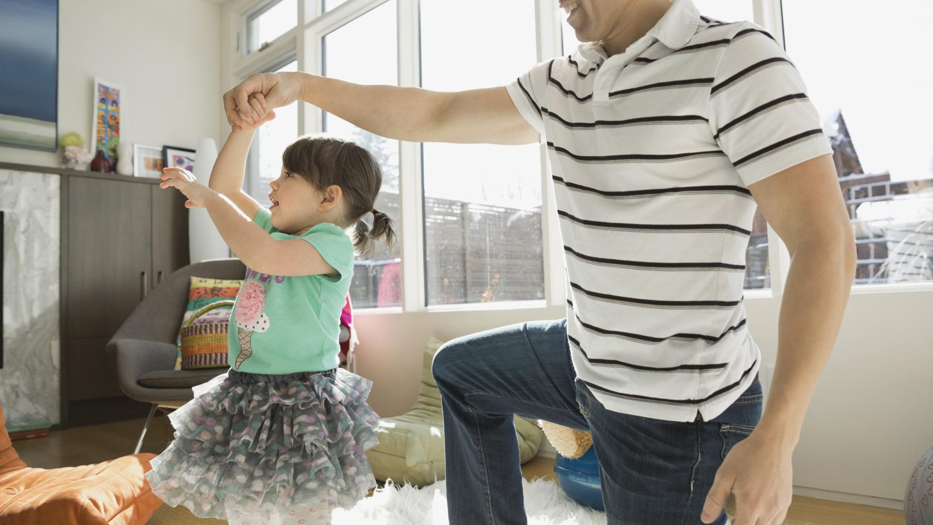 15 Pop songs little kids can dance to (oh, and parents can hang, too)