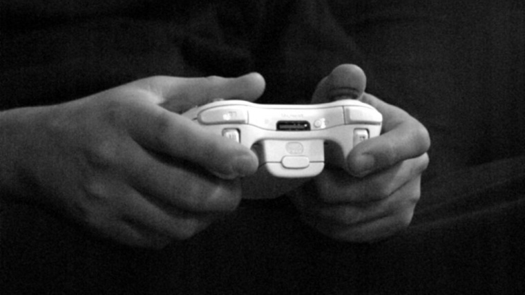 Hackers ruin Christmas with Playstation, Xbox attack