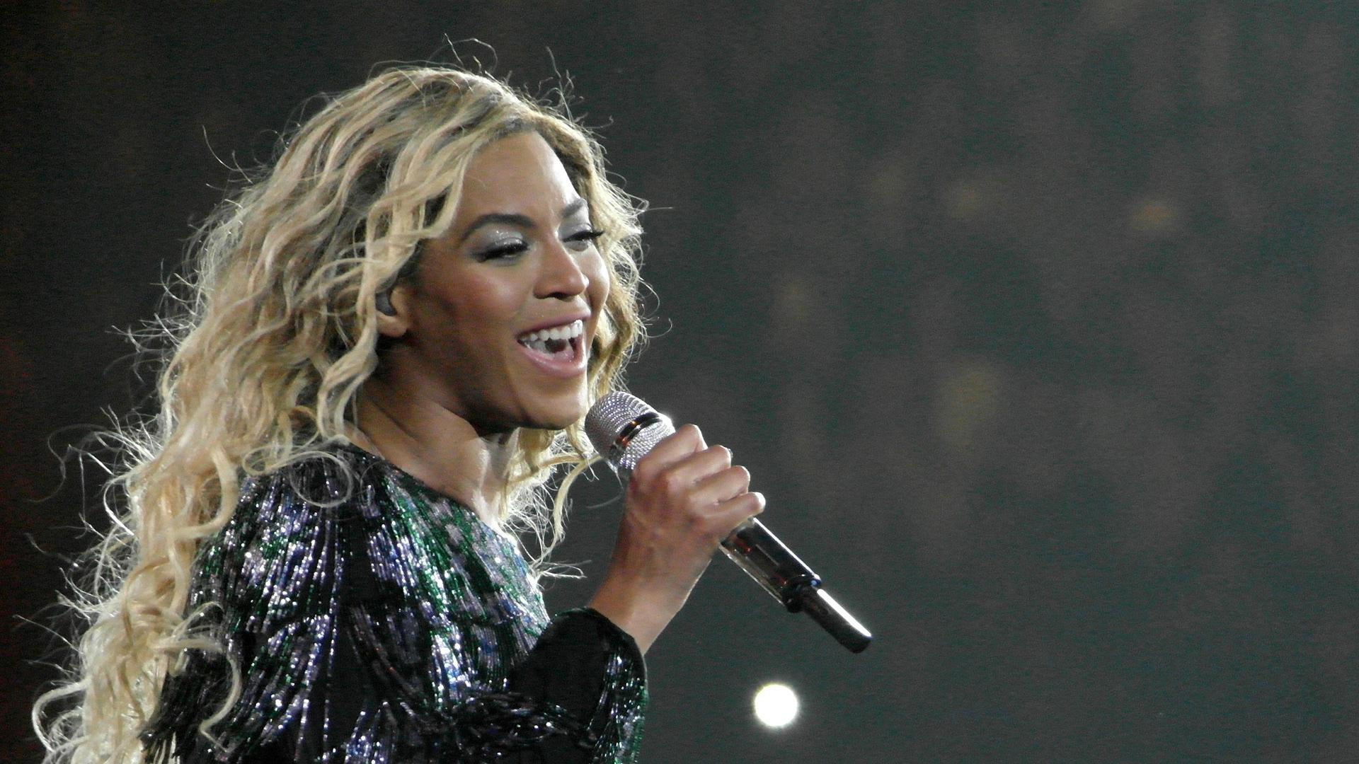 Beyoncé schools us all in giving back