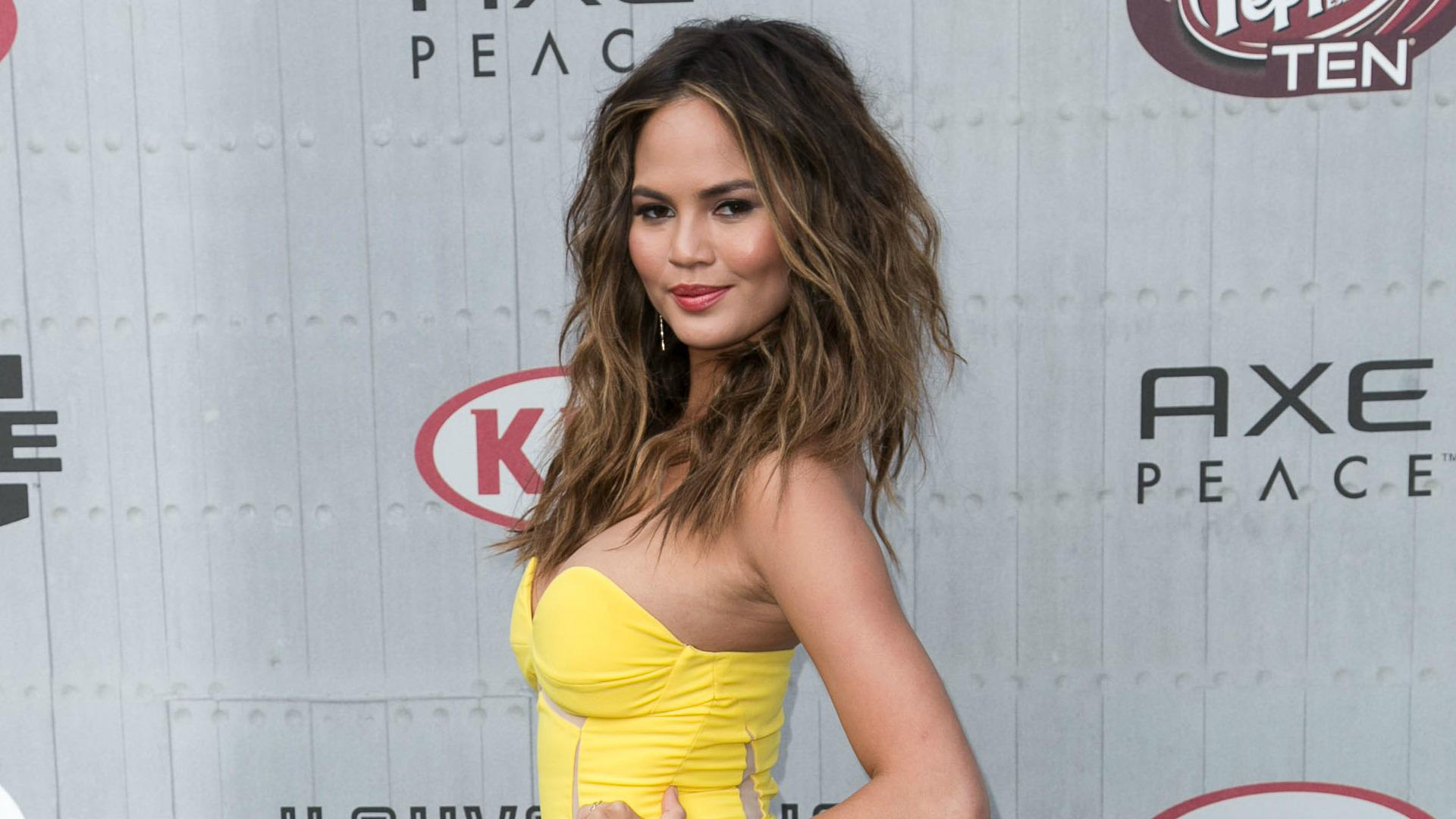 Forever 21 fired Chrissy Teigen for being too fat