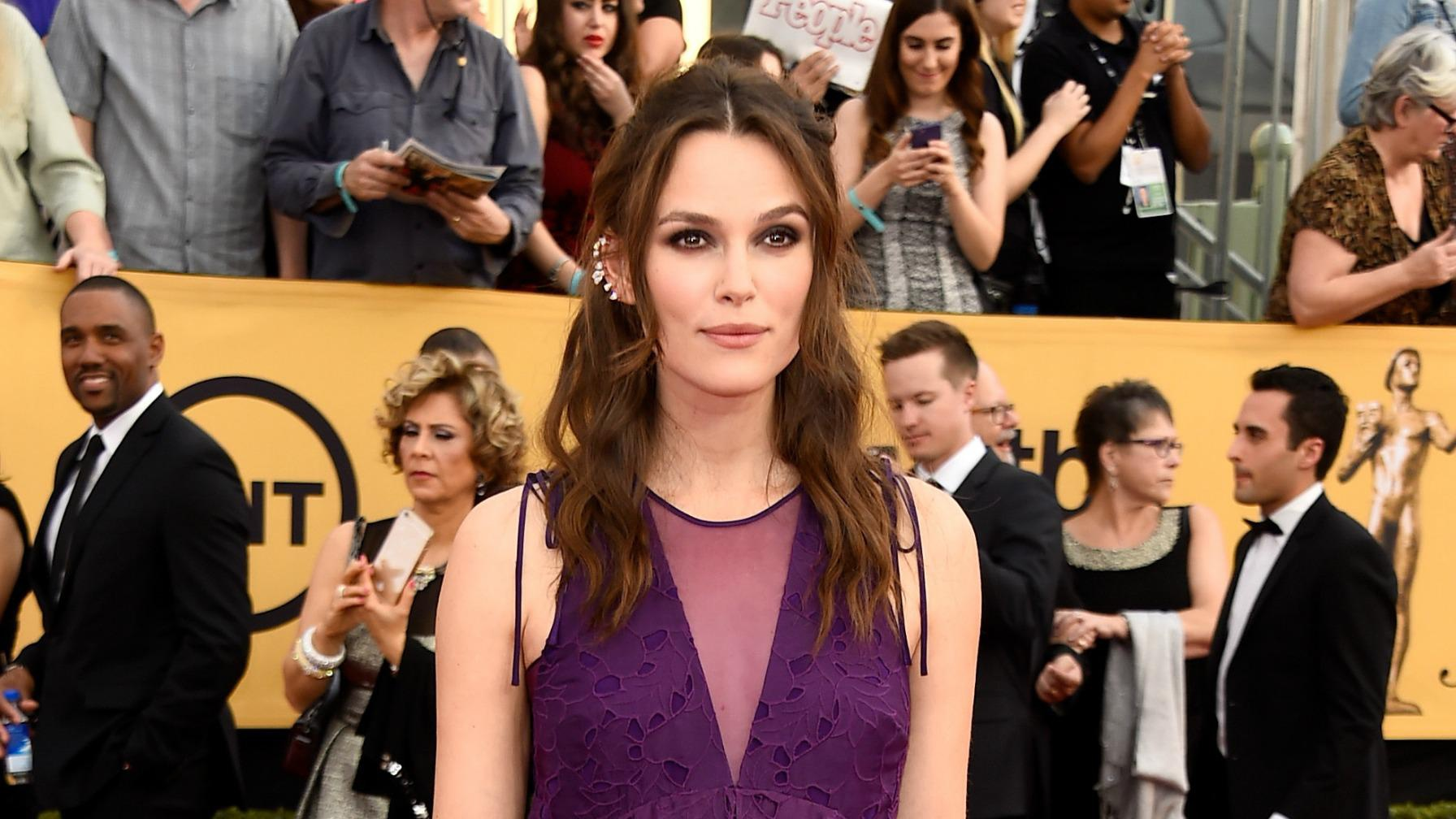 A pregnant Keira Knightley totally rocks the SAG Awards red carpet