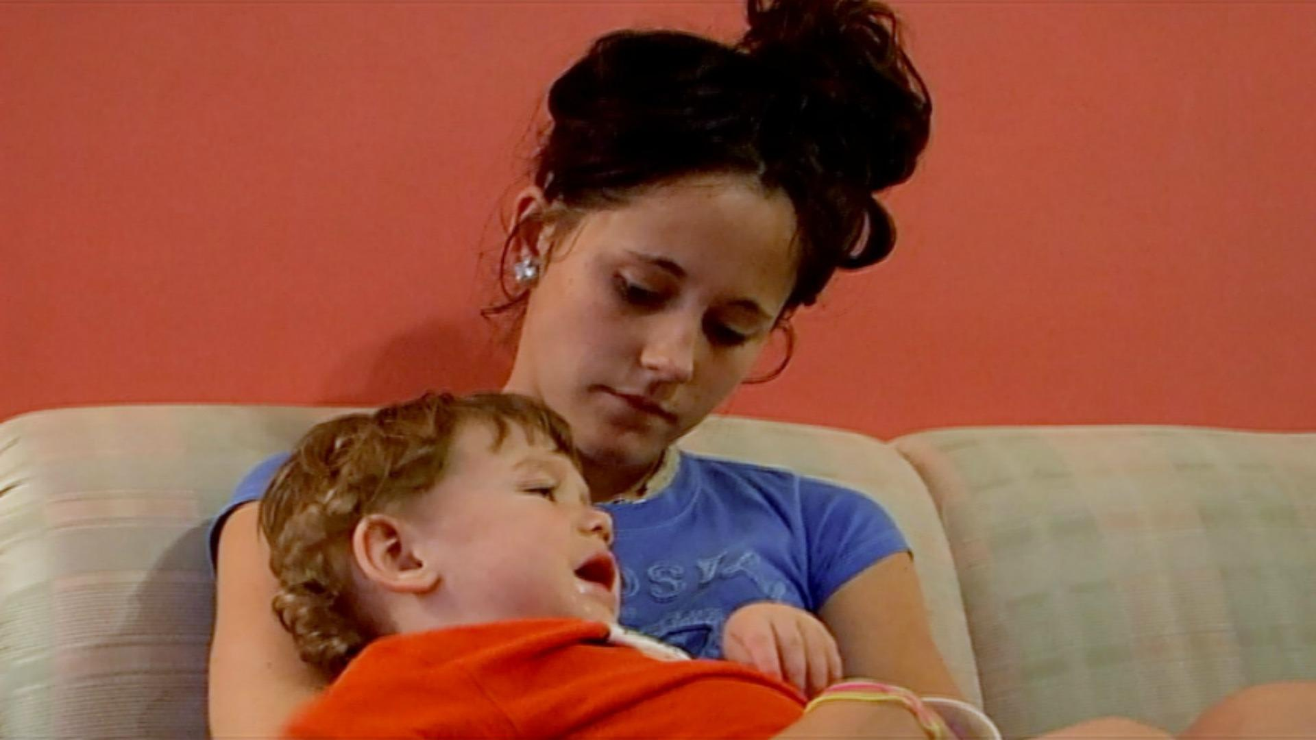 <em>Teen Mom 2</em>'s Jenelle Evans gives birth to son No. 2